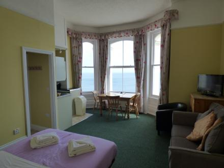Self Catering - Clarence House Hotel